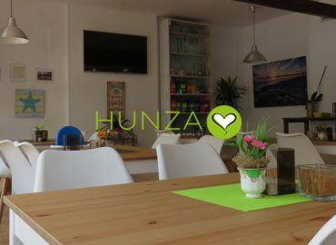 We discover Hunza bio cafe in San Antonio