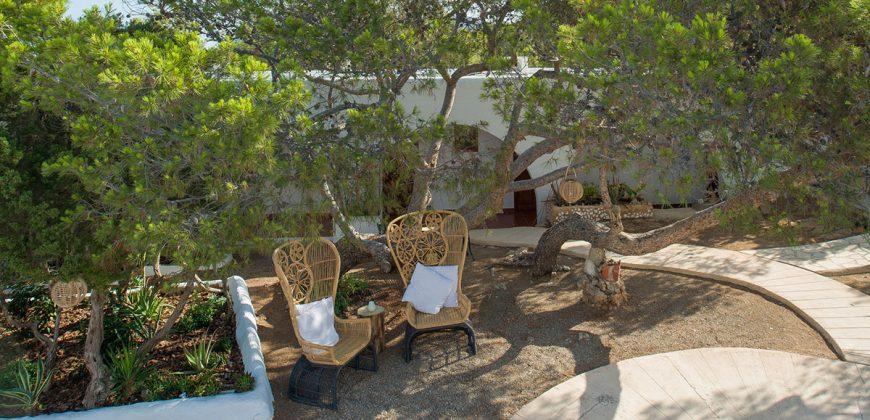 "Hostal La Torre Ibiza"">"