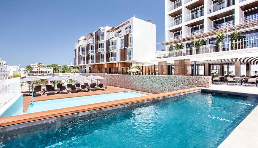 OD Talamanca hotel Poolside
