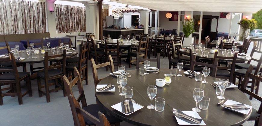 "Tapas Restaurant & Lounge Bar"">"