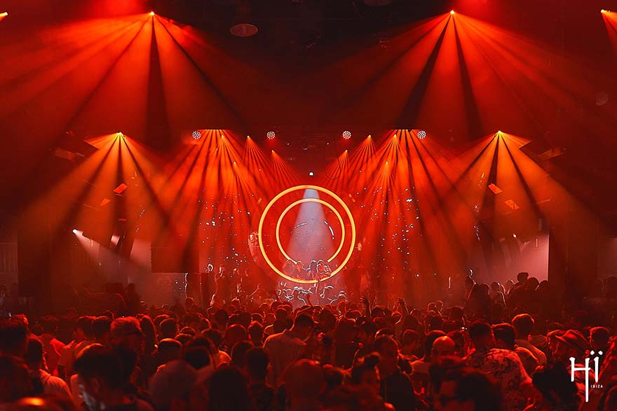 Ushuaïa ibiza and Hï open with 24-hour party.