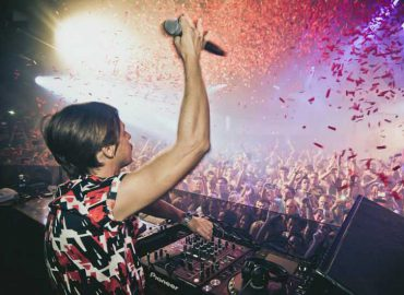 Pure Pacha returns with new resident Martin Solveig