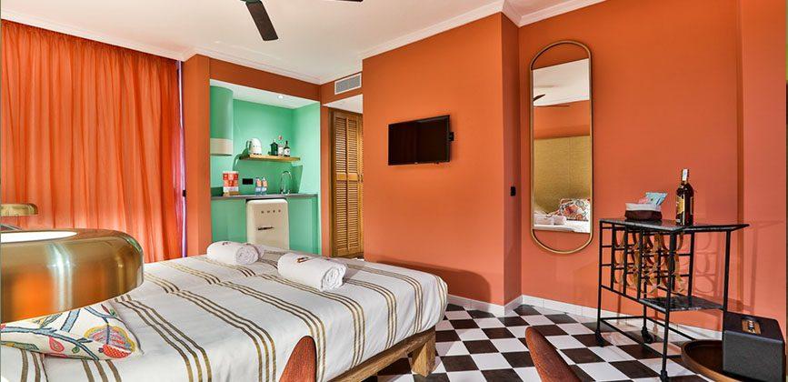 "Cubanito Ibiza Suites"">"
