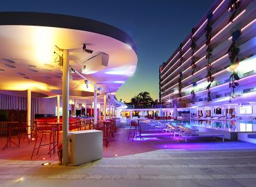 We Discover the magic of The Ushuaïa Ibiza Beach Hotel