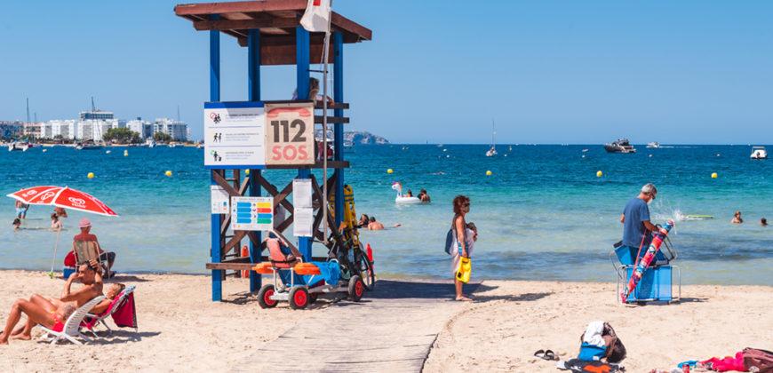 "Playa Es Pouet"">"