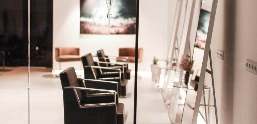 """Carrion Head Spa & Salon"""">"""